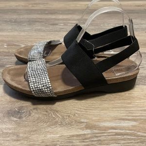 Munro Pisces Black and White Strappy Sandal